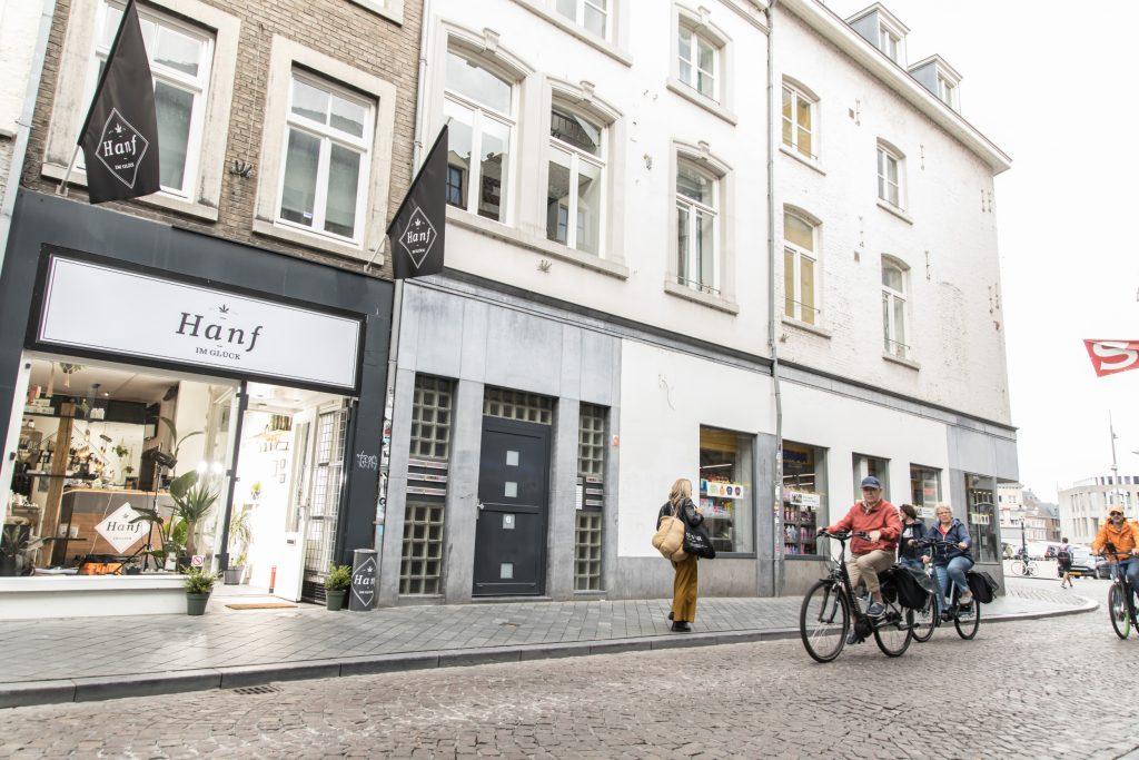 Hanf im Glück Maastricht Eingang Straße